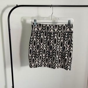 4/$20 🔥 Garage Tribal/ Aztec Print Mini Skirt